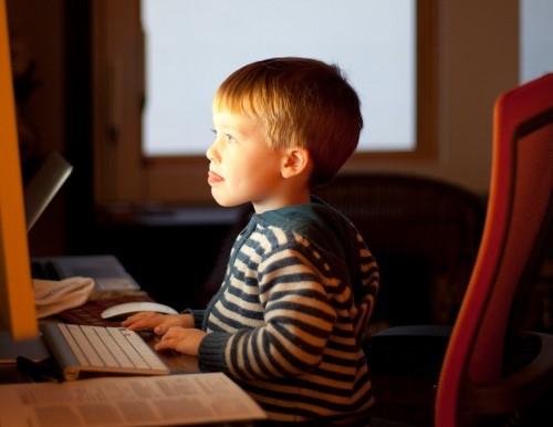 Activité partielle pour garde d'enfants et vacances scolaires